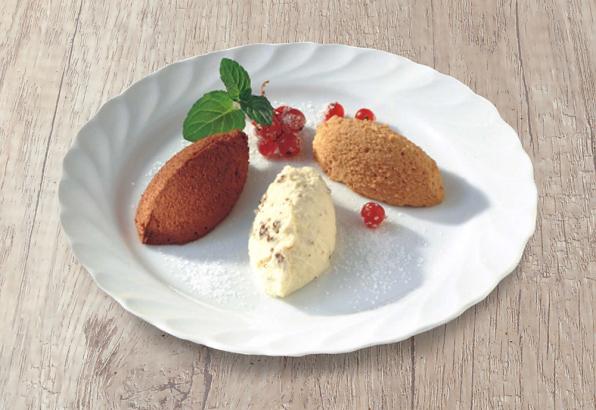 Drei verschiedene Mousse auf einem Teller angerichtet von Lys da Capo